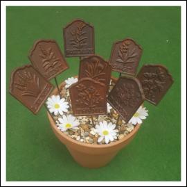 Ascalon Cast Iron Garden Herb Stakes (Set of 8) 1