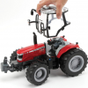 Britains 6613 Massey Ferguson Tractor 1.16 Scale 2