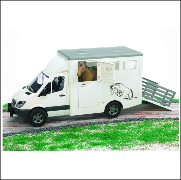 Bruder Mercedes Benz Sprinter Horse Transporter 1-16 Scale 1