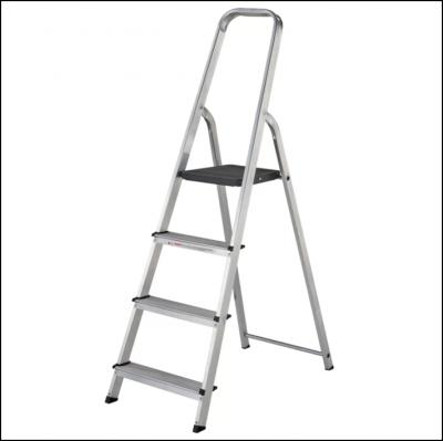 Werner 4 Tread High Handrail Step Ladders 1