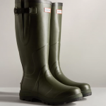 Hunter Unisex Balmoral Classic Side Adjustable Wellington Boots Dark Olive 1
