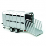 Britains Ifor Williams Livestock Trailer 1:32 Scale