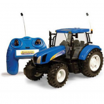 Britains Radio Controlled New Holland T6070 Tractor 1-16 Scale 1