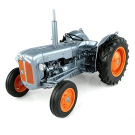 Fordson Dexta 60th Anniversary 1:16 Scale Model