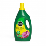 Miracle Gro 3Ltr Pour & Feed