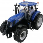 New Holland T7220 Tractor (42887) 1:32