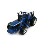 Britains Ford TW30 Tractor 1:32 Scale